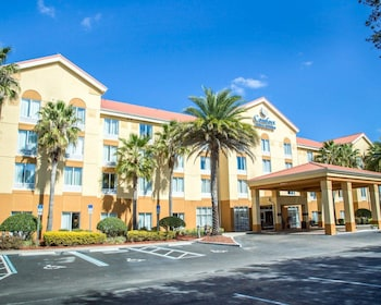Comfort Inn & Suites in Sanford, Florida