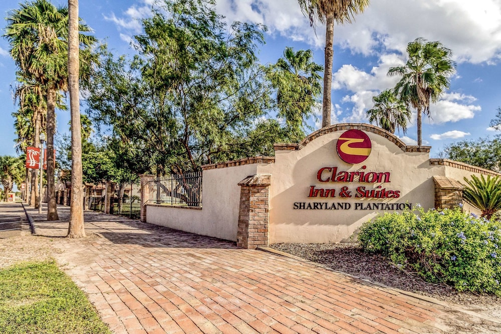 Clarion Inn & Suites at Sharyland Plantation