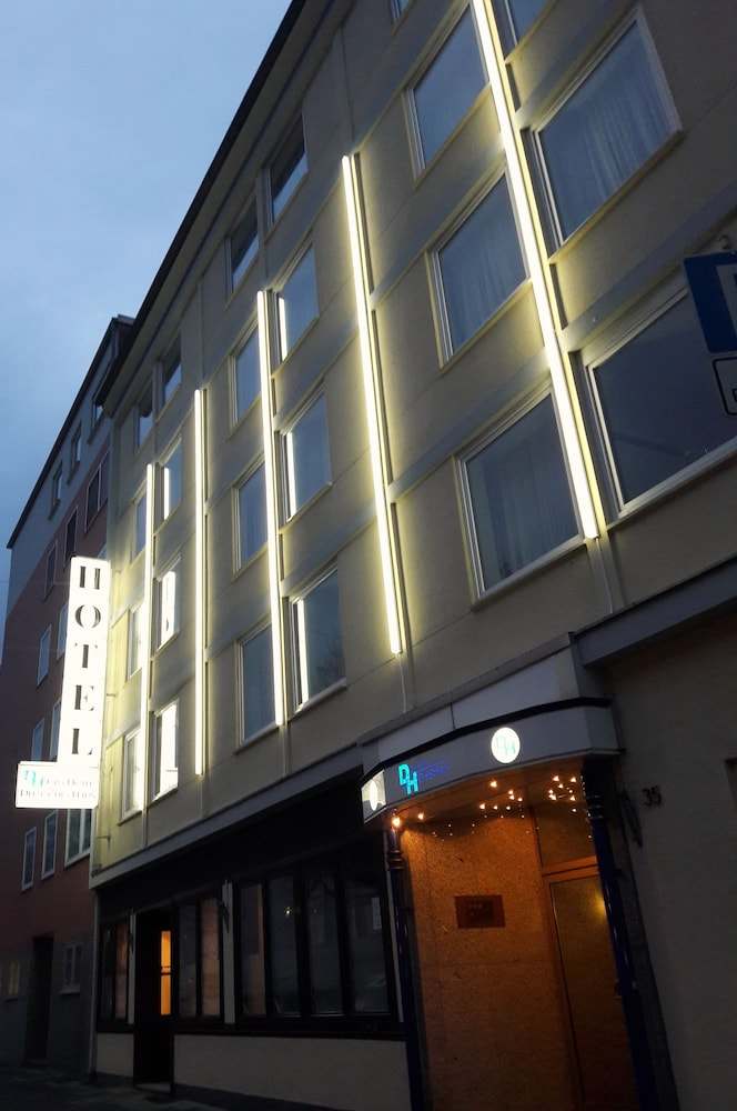 City Hotel Deutsches Haus Hagen 2 7 3 Price Address Reviews