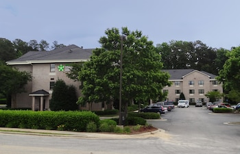 Extended Stay America - Raleigh - Cary - Regency Parkway N in Cary, North Carolina