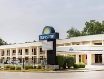 Days Inn by Wyndham Little River in Little River, South Carolina