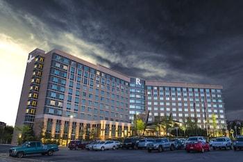 Renaissance Boulder FlatIron Hotel in Broomfield, Colorado