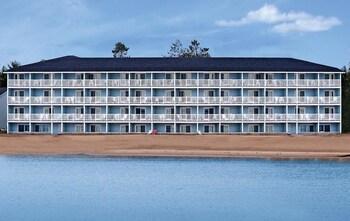 費爾維尤海濱飯店&水上樂園