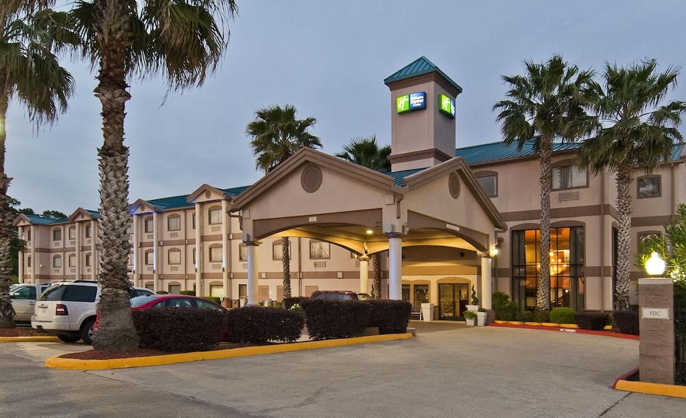 Holiday Inn Express Hotel & Suites Lake Charles