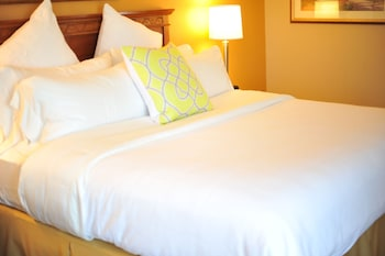 Mulberry Life Inn & Suites Moreno Valley (Lake Perris)