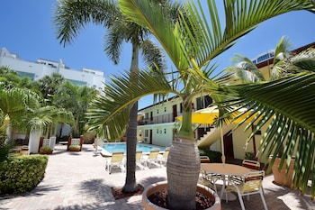 Surf Side Resort in Fort Lauderdale, Florida