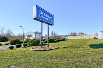 Rodeway Inn And Suites in Ithaca, New York