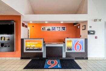 Photo for Motel 6 Harvey, IL in Harvey, Illinois