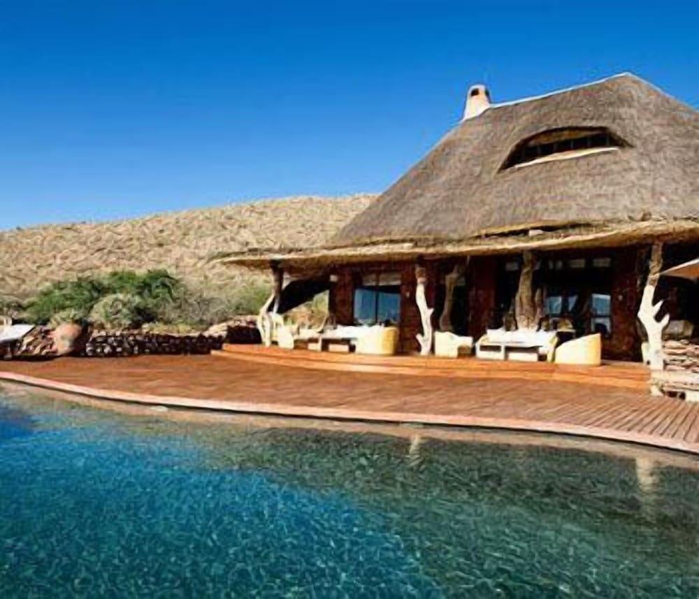 The Motse - Tswalu Kalahari Luxury Private Game Reserve