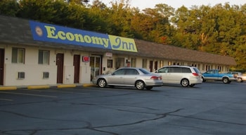 Economy Inn Crossville in Crossville, Tennessee