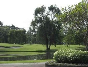 Microtel By Wyndham Tarlac Golf