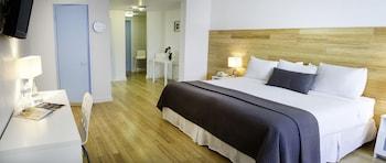 Aqua Hotel & Suites