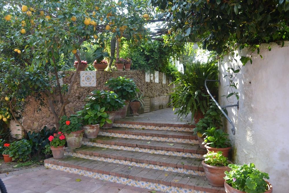 Hotel Tirreno Residence