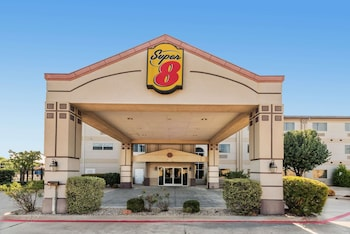 Super 8 by Wyndham Weatherford in Weatherford, Texas