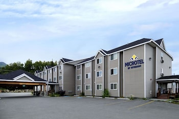 Microtel Inn & Suites by Wyndham Eagle River/Anchorage Area in Eagle River, Alaska