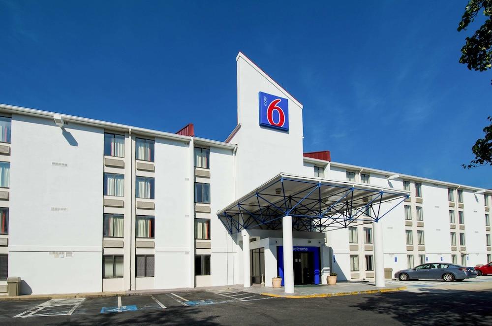 Motel 6 Washington DC SW-Springfield, VA
