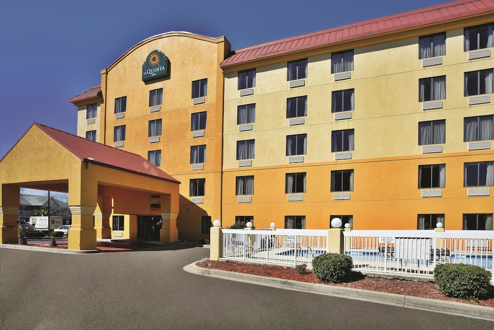 Hotel 1 of 46