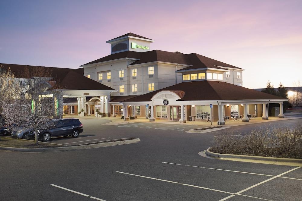 Holiday Inn Grand Rapids Airport