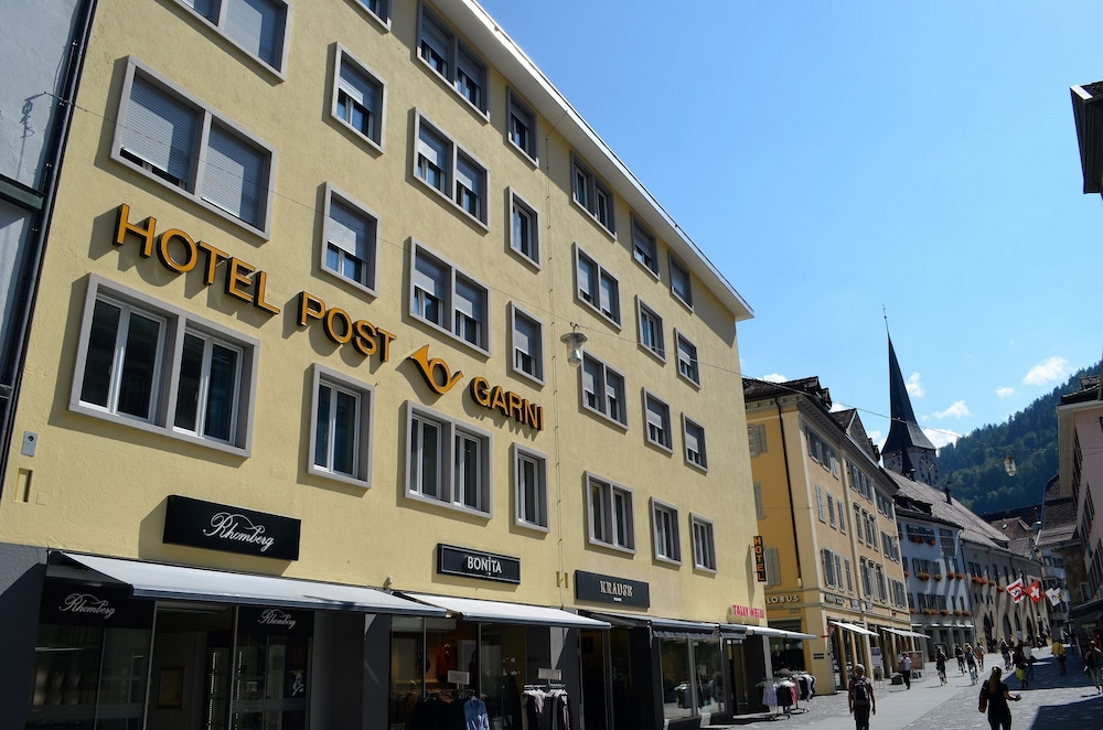 Central Hotel Post