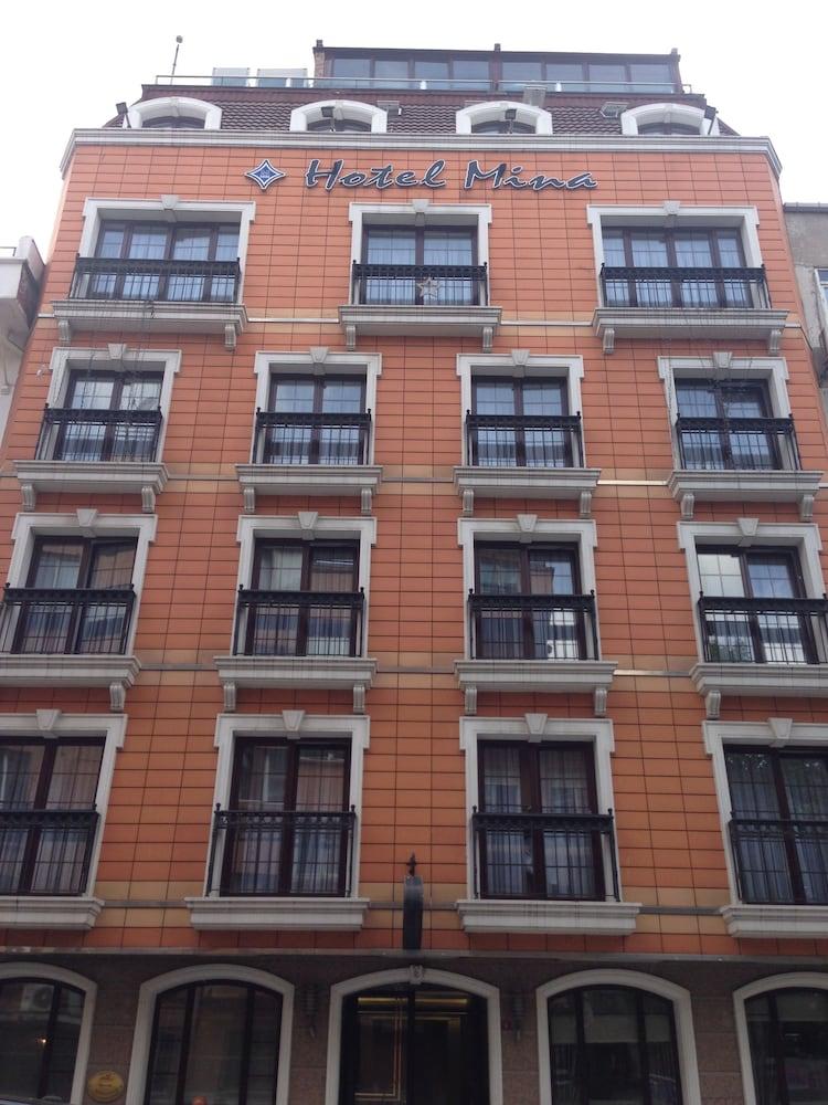 Hotel Mina – Special Class