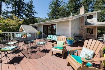 Hillside House Bed and Breakfast in Friday Harbor, Washington
