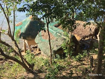 Palawan Sandcastles Beach Resort Property Grounds