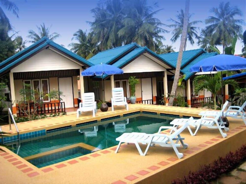 Aurora Hill Resort