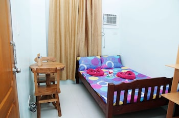 Rooms 498 Mandaluyong Featured Image