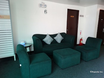 Dcircle Hotel Manila Living Room