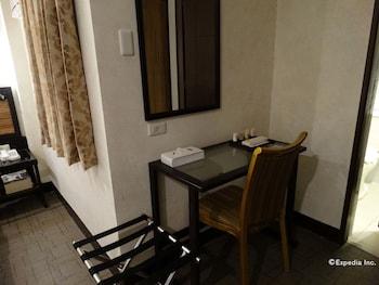 Dcircle Hotel Manila In-Room Amenity