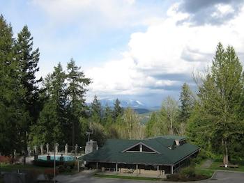 Tall Chief RV & Camping Resort in Fall City, Washington