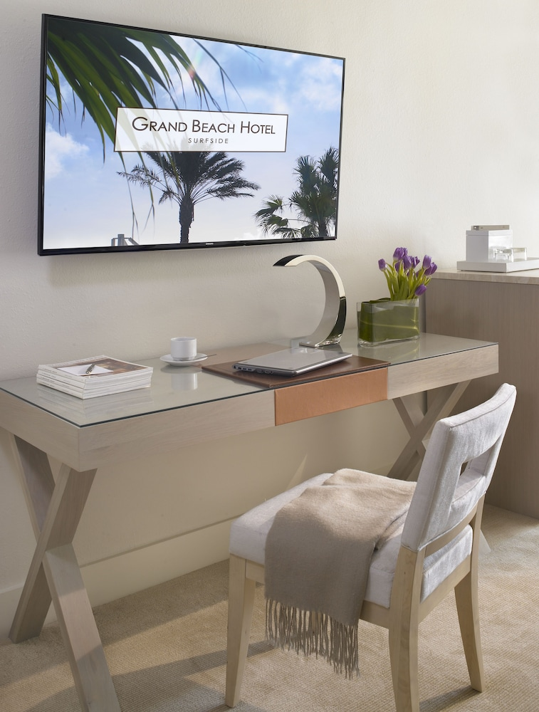 Grand Beach Hotel Surfside West Miami Dade Price Address Reviews
