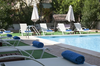 Photo for Seagull Hotel and Apartments in Chania