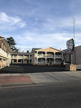 River Road Motel