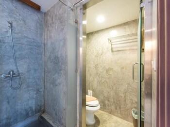 Lemon Grass Retreat - Bathroom  - #0