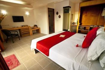 Asia Grand View Hotel Palawan Guestroom