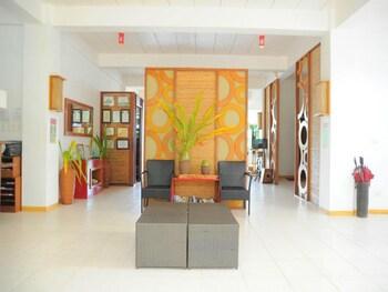Asia Grand View Hotel Palawan Lobby Sitting Area