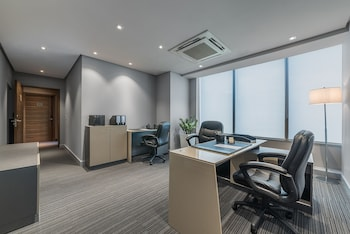 Ascott BGC Business Center