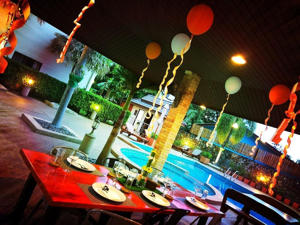 Baan Tong Tong Pattaya Resort, Pattaya Best Offers on Baan Tong Tong ...