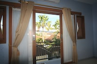 Deluxe Double Suite with Ricefield View