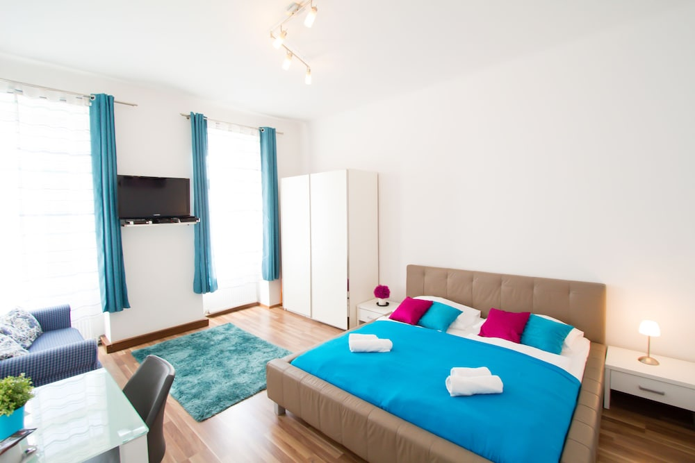 CheckVienna - Apartment Diefenbachgasse