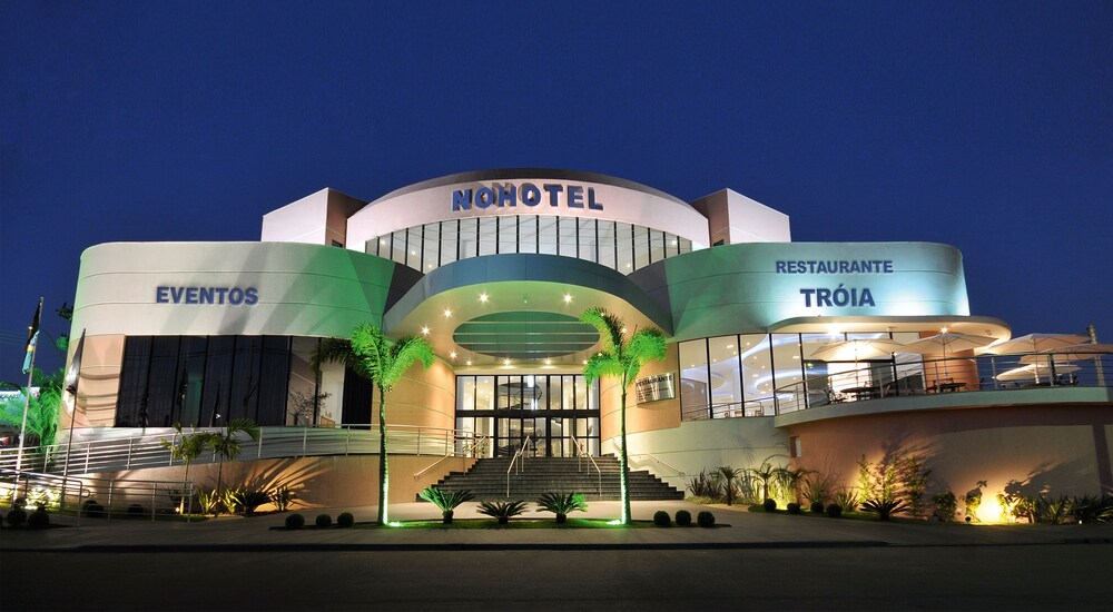 Hotel Nohotel Premium Americana