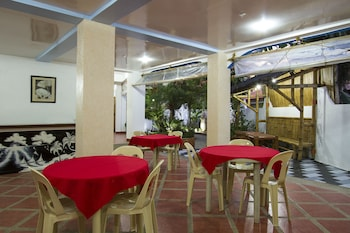 Island Jewel Inn Boracay Dining
