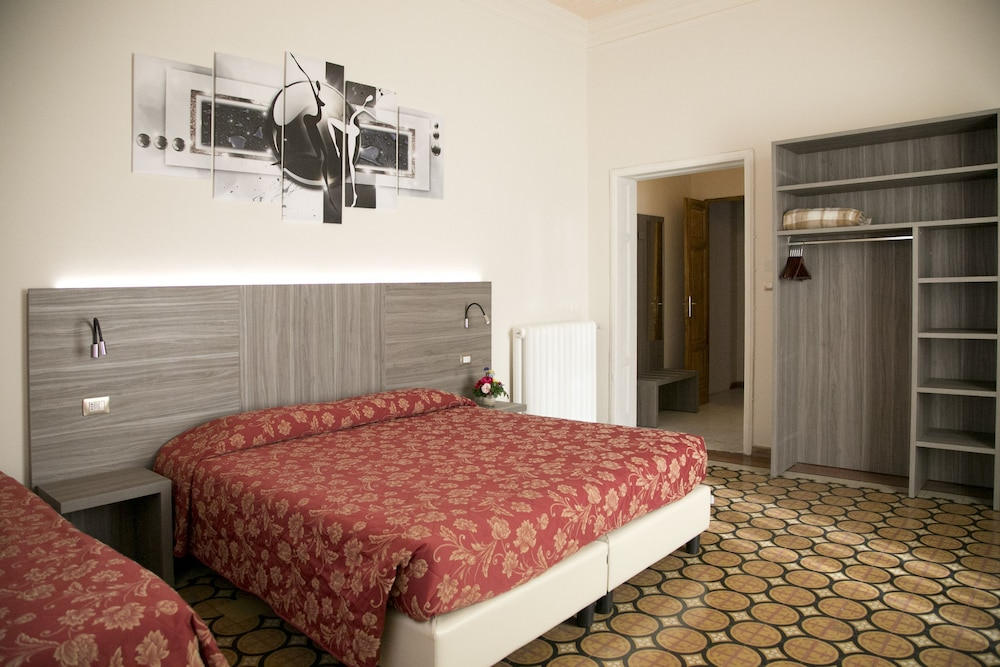 Astrid Hotel In Florence Italy Hotel On Ebooking Com