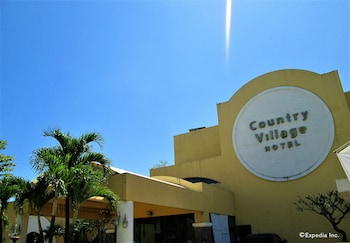 Country Village Hotel Cagayan de Oro Exterior