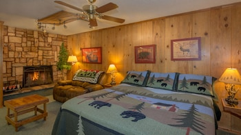 Shadow Mountain Lodge and Cabins in Ruidoso, New Mexico