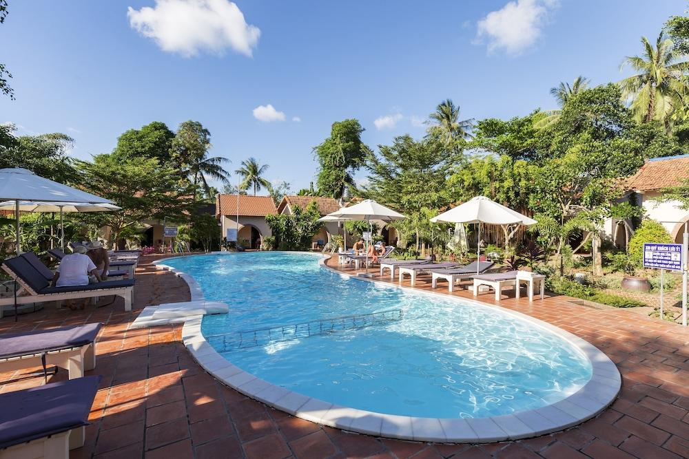 Diadem Resort