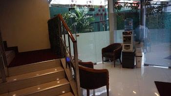 Sulit Place Quezon City Lobby