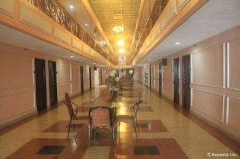 Taft Tower Hotel Manila Hallway