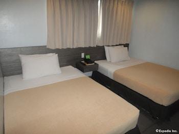 Cebu R Hotel - Mabolo Branch Guestroom